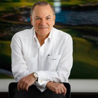 Chairman and Founder of Puntacana Resort & Club received the CHRIS Lifetime Achievement Award